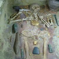 روش کاووش در قبرستان ها
